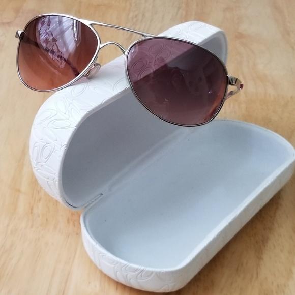 042d40e6c0b Oakley Accessories - Womens Oakley Sunglasses - Limted